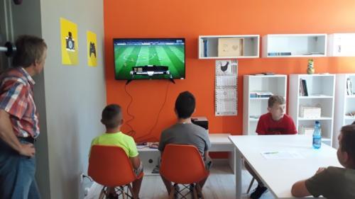 PIERWSZE MISTRZOSTWA W PIŁKĘ NOŻNĄ FIFA18 W PRACOWNI ORANGE W SIEDLISKU